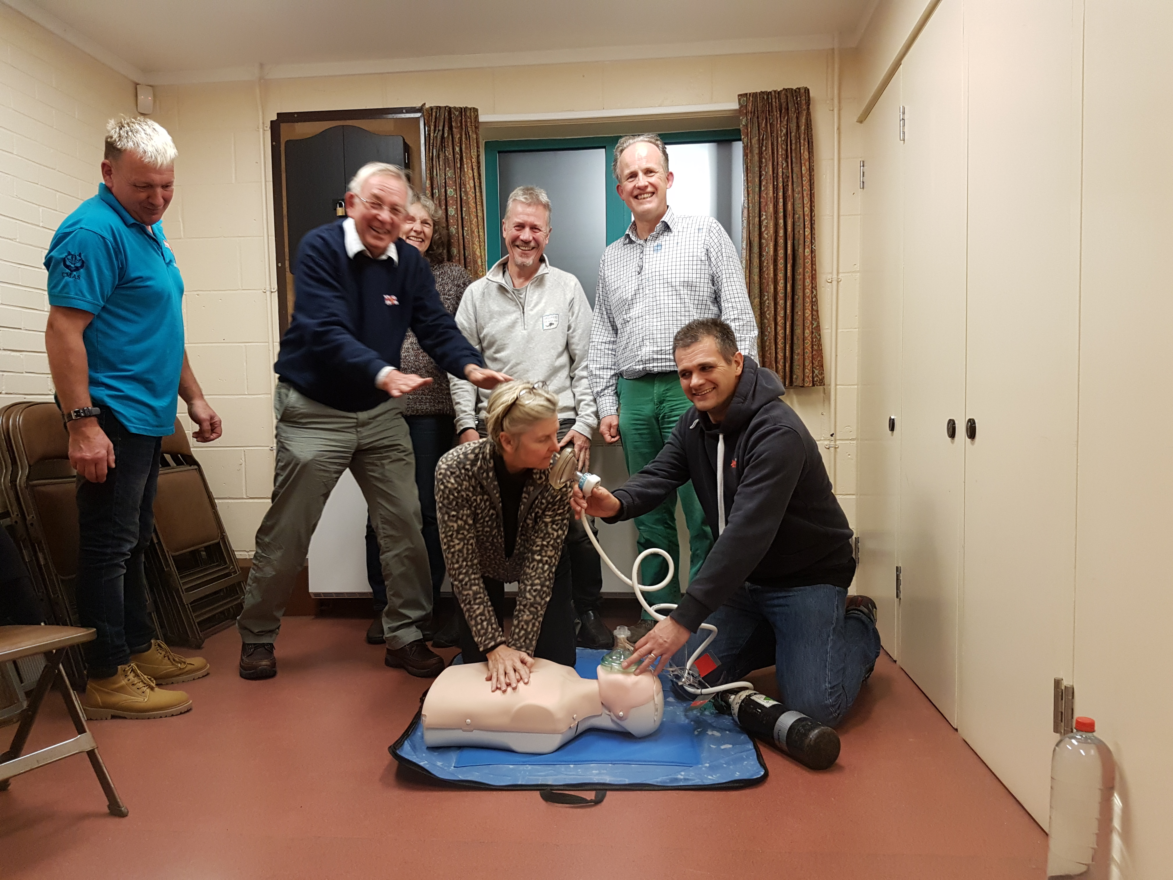 Oxygen enriched CPR demonstration - Oxygen Admin and First Aid course Nov 2018